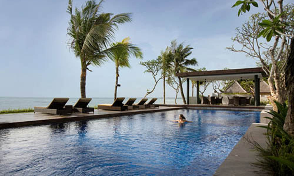 Santika Beach Hotel